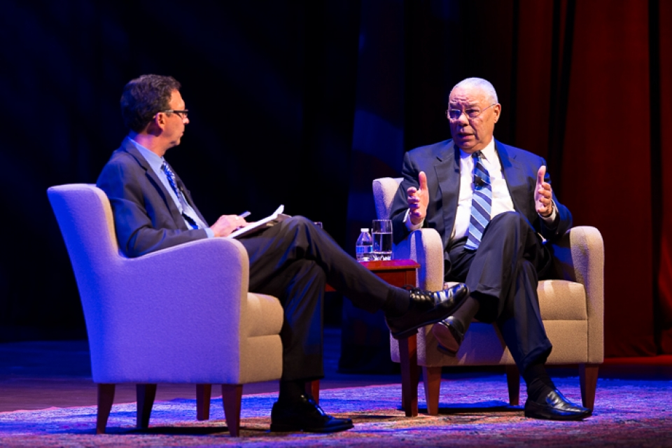 School of Media and Public Affairs director Frank Sesno interviews Colin Powell, M.B.A. '71, at Lisner Auditorium on Monday.