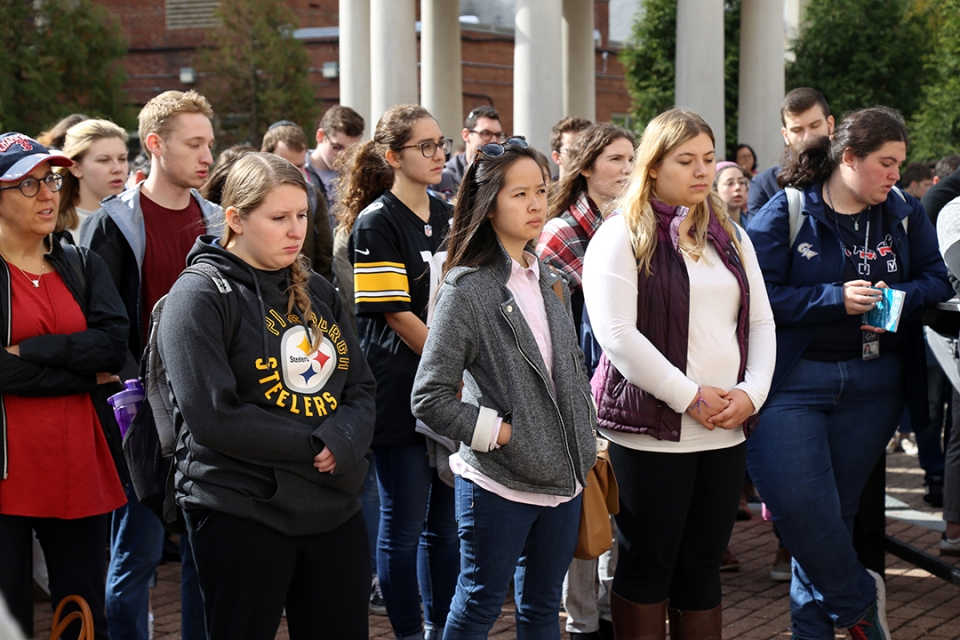 GW students on Kogan Plaza after shootings in Pittsburgh