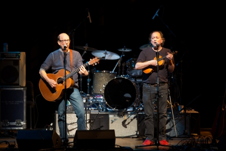 David Buskin and Robin Batteau play a mix of folk and pop.